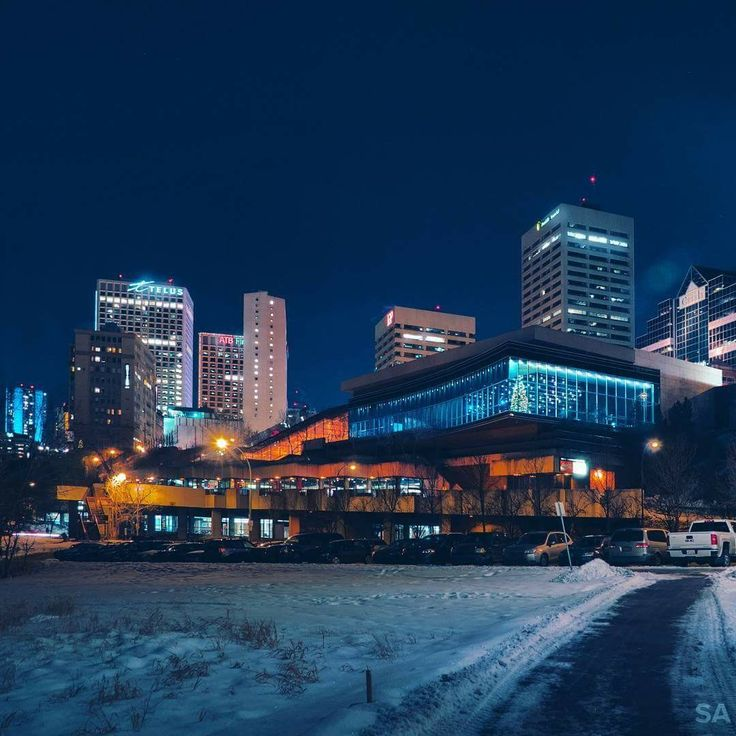Great pic of Downtown Edmonton!