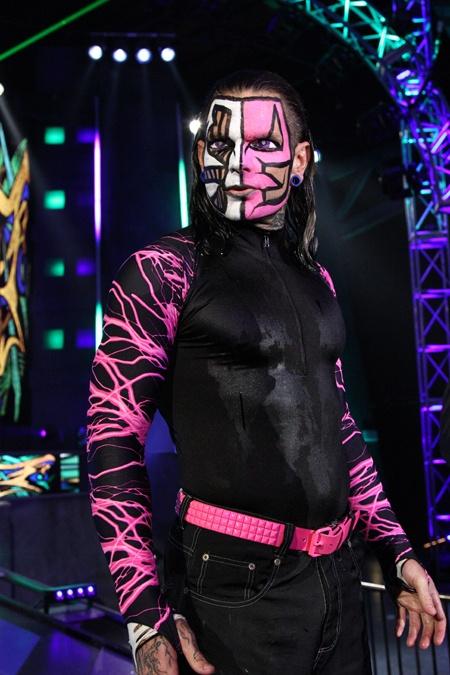 Jeff Hardy Real Name: Jeff Hardy Hometown: Cameron, North Carolina Weight: 217Ibs