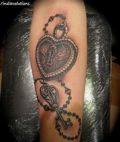 vintage heart lock key tattoo pinterest tatuajes de rosas tatuajes y rosas. Black Bedroom Furniture Sets. Home Design Ideas