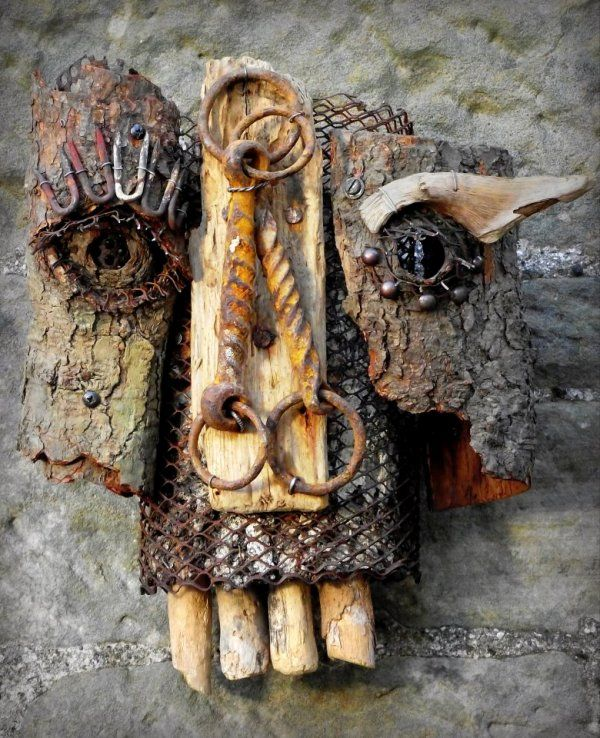 Stephen Mclaren Bridle Mask 1994 (reworked 2012) recycled art using found objects and woodland debris 600.jpg 600×738 pixel