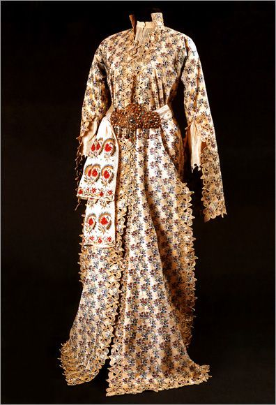 Ottoman Empire entari with belt. Turkish costume
