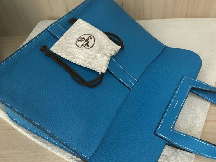 Model: Hermes Halzan 31  Stamp: A 2017  Condition: Preowned  Color: Blue zanzibar  Leather: Clemence  Comes with: Full set w rec. no box  Cash purchase promo: S$6,500  SMS/Whatsapp: (65) 9.8.3.4.4.2.2.9  Email: sales at BJLuxury dot com  Website: http : // BJLuxury dot com  ✅Authenticity Guaranteed.  ✅Credit card & Installments Available.  ✅Registered Company SINCE 2007. Not associated with brands featured. All trademarks remain sole property of the brands.