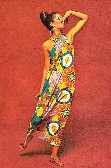 1960's Fashion. ♥..i would so ear this today