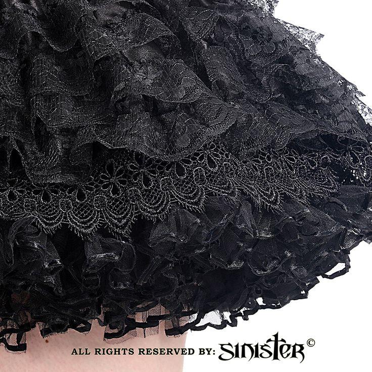 Selene korte kanten rok met lagen zwart