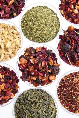 Different types of teas and their health benefits. Great list of herbal teas! #TeaBenefit #TeaLove