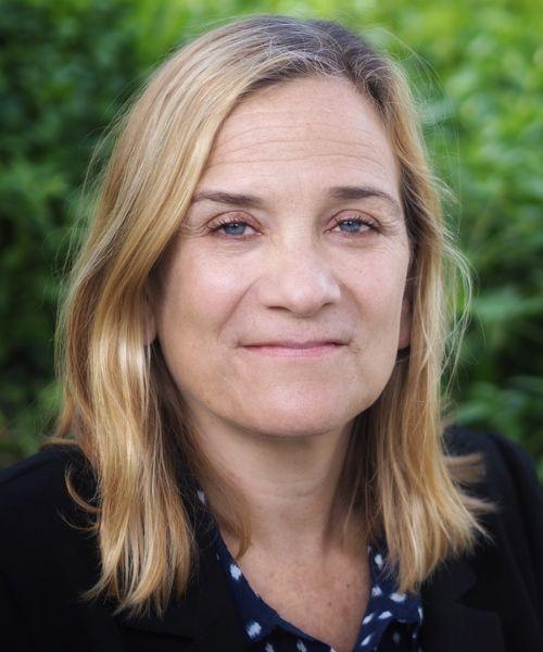 Author Spotlight: Tracy Chevalier - Paperblog