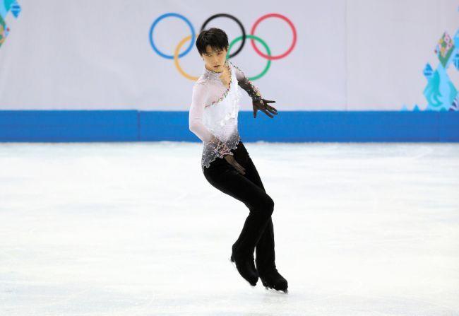 朝日新聞デジタル写真特集「フィギュア羽生、男子シングルで日本人初の金」
