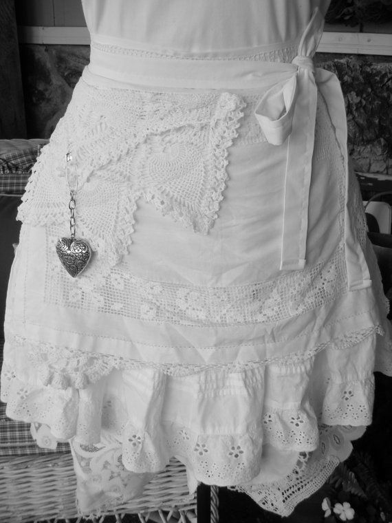 Womens Aprons White Lace Aprons Wedding Lace by AnniesAttic