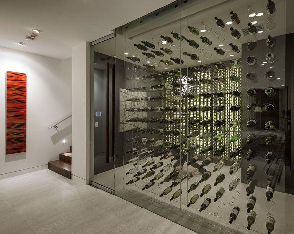 Bodega Original En Una Casa Moderna Cavas Caseras Bodega De Cristal Habitaciones De Vino