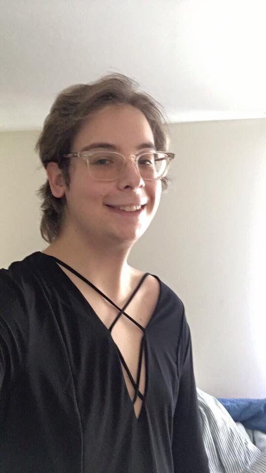 [21 MtF] 3 months of hormones no makeup. Do I have a shot?