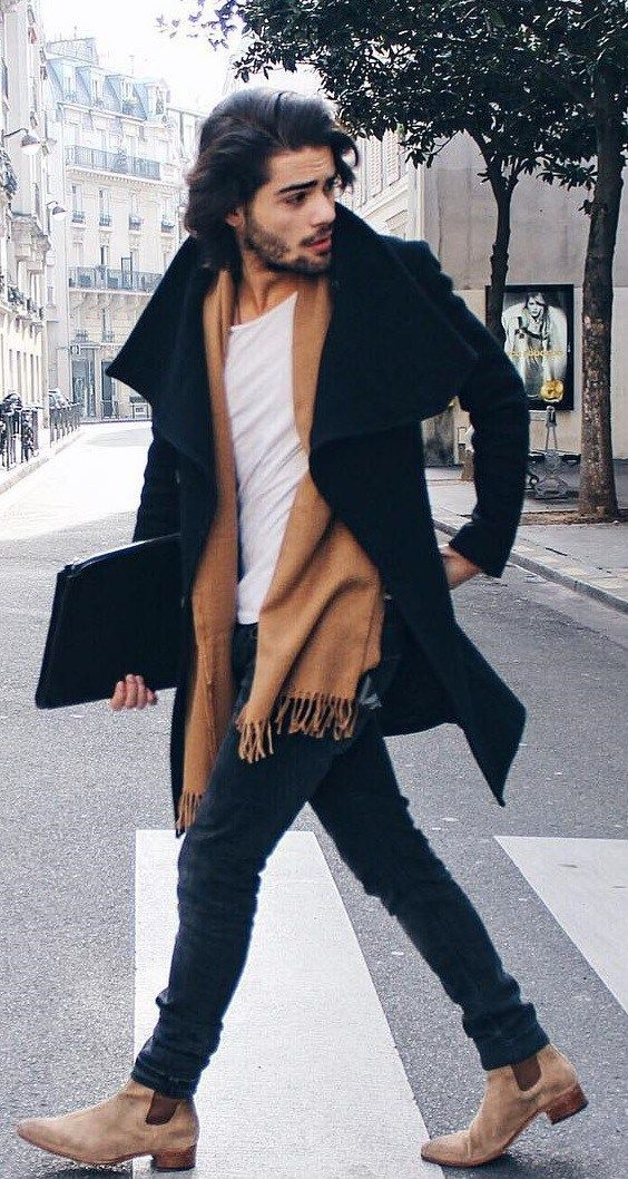 Want to learn how to wear a scarf like a gentleman? Read This now.  Mens Fashion | #MichaelLouis - www.MichaelLouis.com