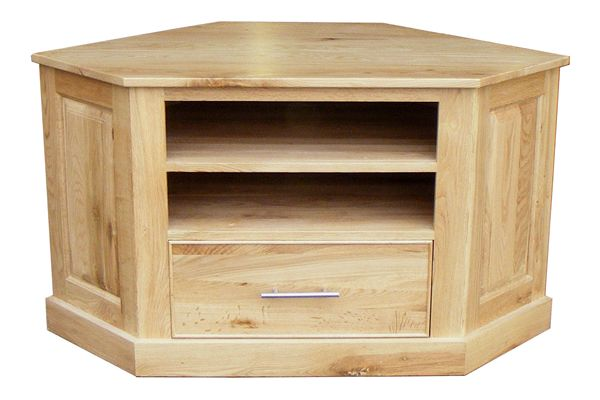 This Stratton solid oak Corner TV unit not only accommodates your TV but also provides space for your Sky Box and DVD player, along with drawer space to store all those DVD's in. Our Stratton Oak items are handmade from quality solid oak and designed to compliment any room of your house adding a stunning touch of rustic oak.