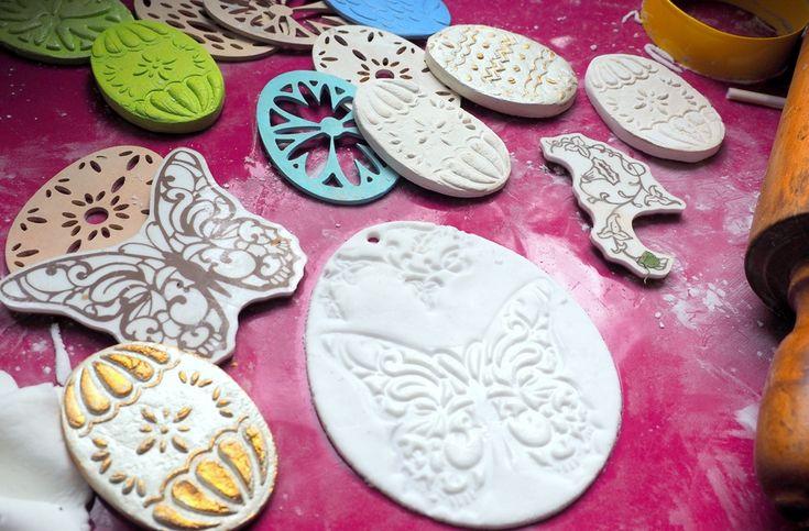 Wielkanocne dekoracje z masy porcelanowej