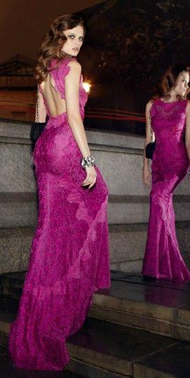 Trajes para festas! #vestidos #formatura #festa #party #moda #fashion #clothes…