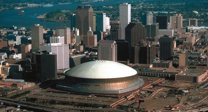 Mercedes Benz Stadium, New Orleans - New Orleans Saints - Capacity: 69 703 - #Stadium #Arena