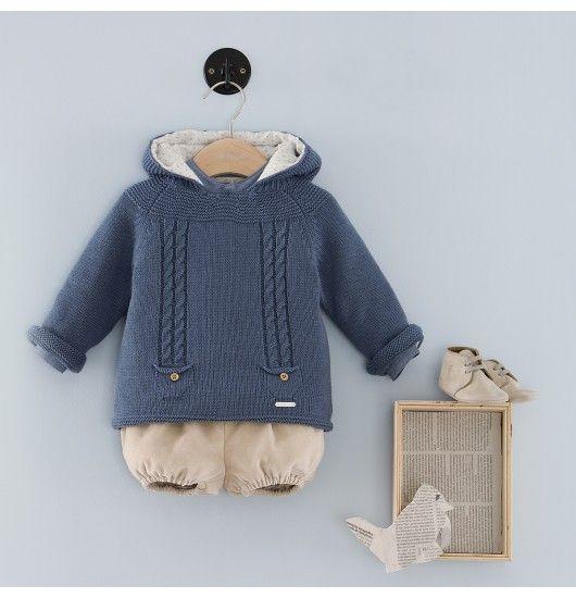 Precioso conjunto de bebé en lana con capucha y culotte