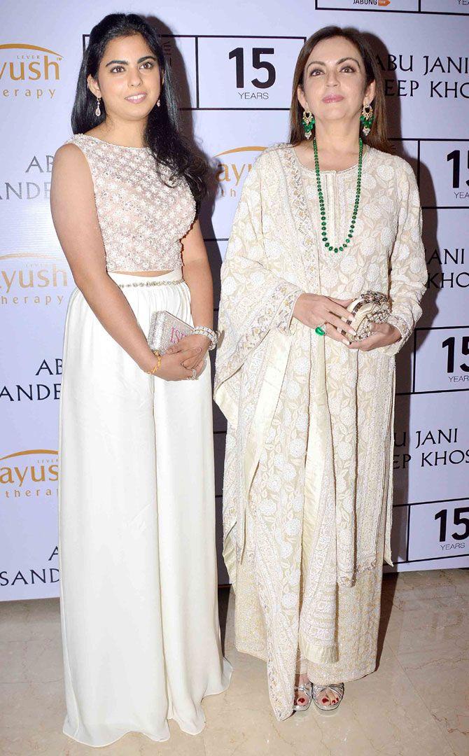 Nita Ambani with daughter Isha at Lakme Fashion Week Winter/Festive 2015 opening show. #Page3 #LFW2015 #Fashion #Style #Beauty