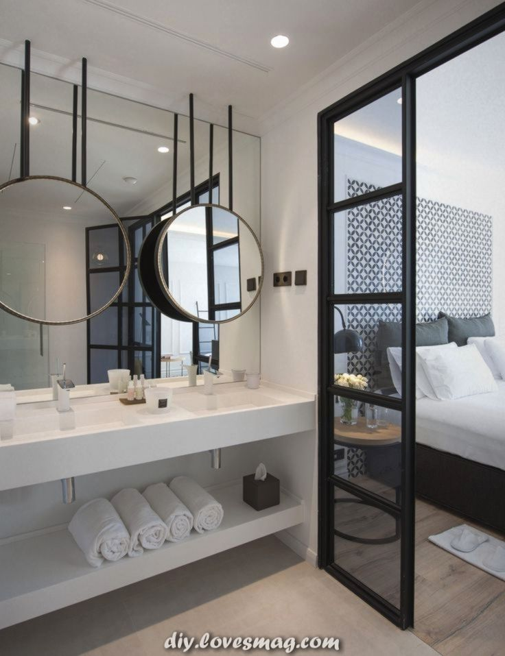 Fantastische Glastur Zum Badezimmer Zu Gunsten Von Mehr Helligkeit Im Umkleide Open Concept Bathroom Open Bathroom Concept Master Bedrooms Decor