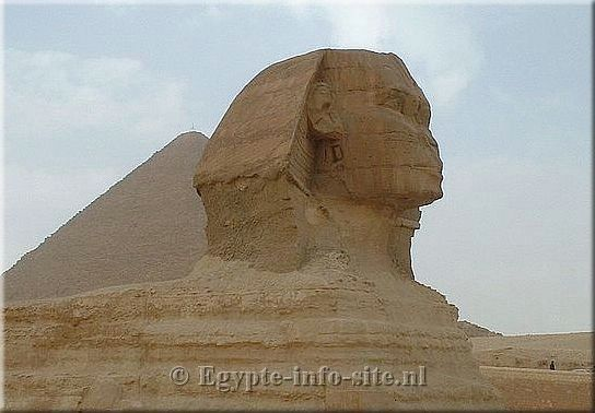 Sfinx bij Gizeh-Giza, Cairo, wie bouwde de Sfinx, hoe oud is de Sfinx, dodenstad van Chefren, Egypte