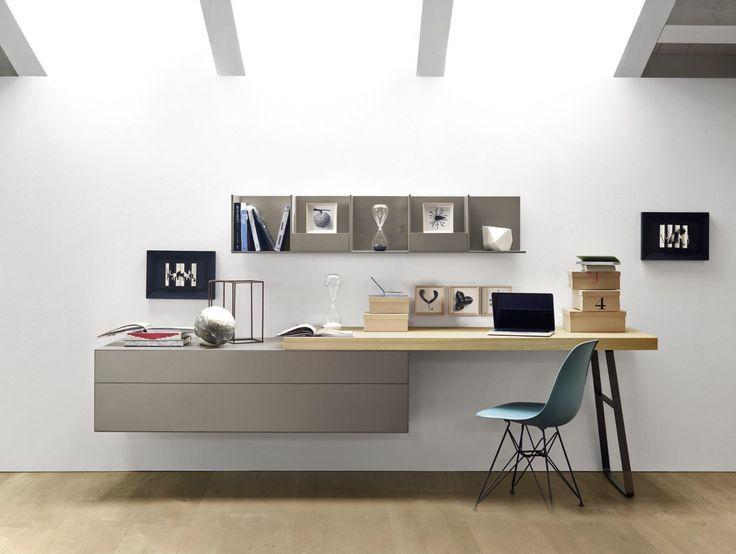 L'ordine dell'idee dee procedere secondo l'ordine delle cose. (Giambattista Vico) ....stamattina si lavora qui ... #home #office #ideas #rossimobili #botticino
