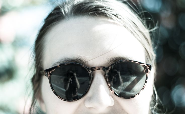 © Luisa Possi Sunglasses, Girl, Foto-Shooting, Outdoor, Spiegelung