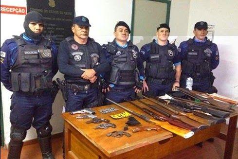 Policia Militar Estado de Fortaleza, apreende grande arsenal de armas e munição em Sobral - ARACATIAÇU EM AÇÃO  (Brasil)