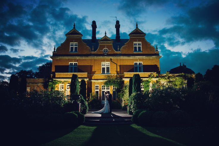 #chippenhampark #countryhouseweddings #leeallisonphotography