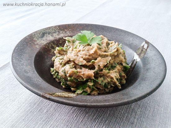 Pasta z bakłażana, cebuli, czosnku i natki pietruszki, Fot. Hanami®