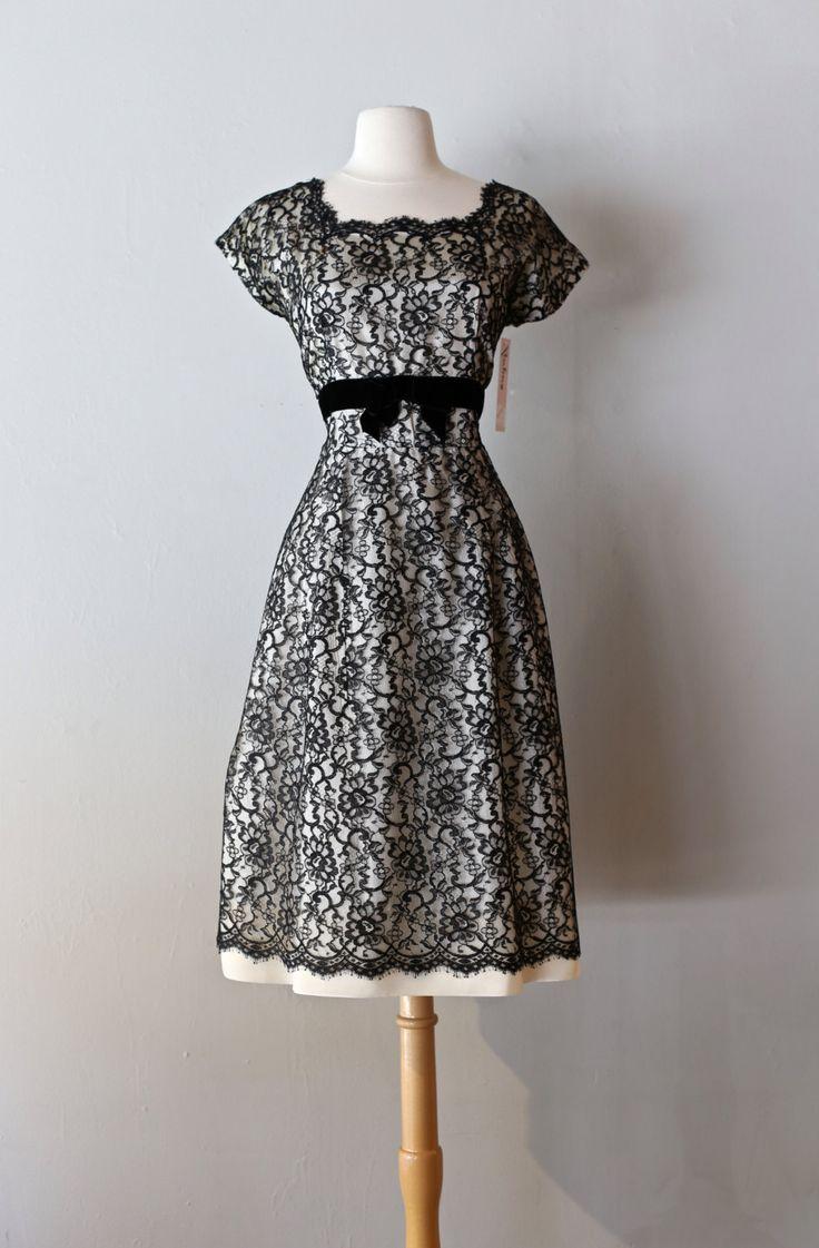 Vintage 1950s Black and White Lace Cocktail Party Dress Size Large ~ Vintage…