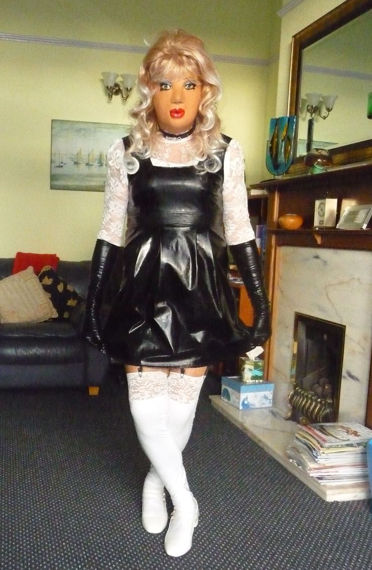 Sissy slutty schoolgirl in her PVC gymslip.