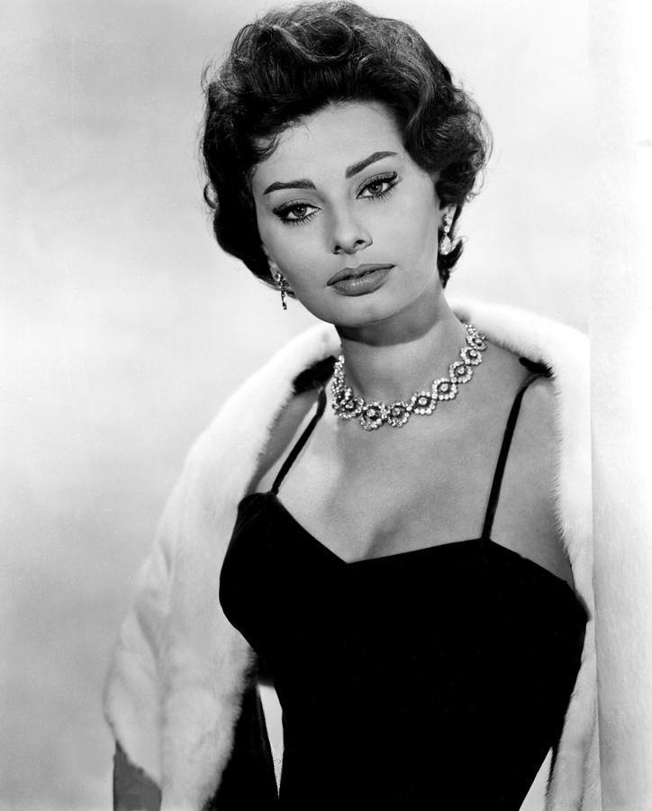 The Key, Sophia Loren, 1958Glamour, Sophia Loren, Loren Style, 1958, Sofia Loren, Classic Beautiful, Style Icons, Movie Stars, Sophialoren