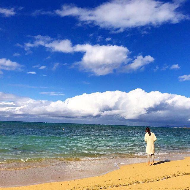 【kokoa_77】さんのInstagramをピンしています。 《真剣に貝殻集めてた🐚🐠 綺麗な海ってほんと素敵〜ダイスキ❤️ #沖縄#旅行#カップル#コーデ#ファッション#ハワイアン#ロンハーマン#夏#冬コーデ#海#🏝#🐚#💏 #ootd#hawaii#roxy#americanapparel#americaneagle #rhc#wtw#ronherman#sea#surf#fashion#love#floowme#handmade》