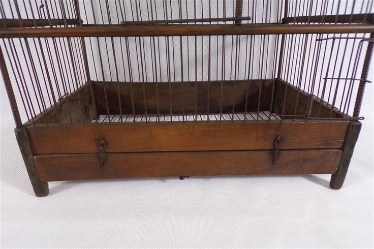 Beautiful vintage wooden bird cage. Deco vintage, shabby chic, retro. One can imagine a great decoration with this cage. Vintage France 30 years.  height 48 cm Width 40 cm Depth 25 cm  other objects of deco vintage in our shop in the topic https://www.etsy.com/fr/shop/decobrock?ref=hdr_shop_menu&section_id=20441184  If you wish to purchase multiple items in our store, the price of the shipment will be calculated according to the weight of all of the purc...