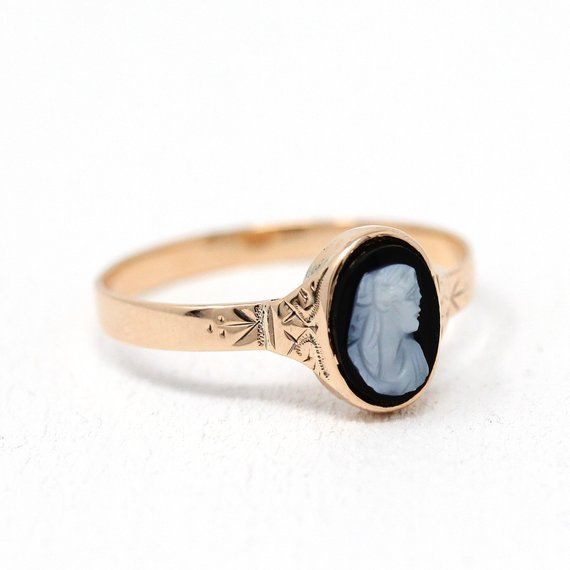Classic Antique 1890s Victorian Era 10k Gold Cameo Ring This Unique Antique Ring Contains An Oval Shaped Black Onyx G Cameo Ring Antique Rings Black Onyx Ring