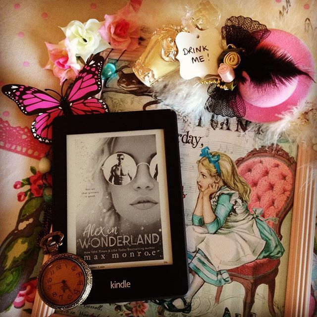 Alex Little is struggling financially and on the verge of eviction, so when Matt Hadder offers her a job, she's tempted down the dark rabbit hole that is Wonderland Inc. Behind a veil of parties, she finds herself in a realm of madness that blurs the lines between good and bad with sexy Matt leading the way. 😍🔥🔥🔥 Alex in Wonderland by Max Monroe. #alexinwonderland #maxmonroe #maxmonroebooks #bookstagram #bookstagrammer #booklover #bookaddict #booknerd #bookworm #romance #igreads #reading…
