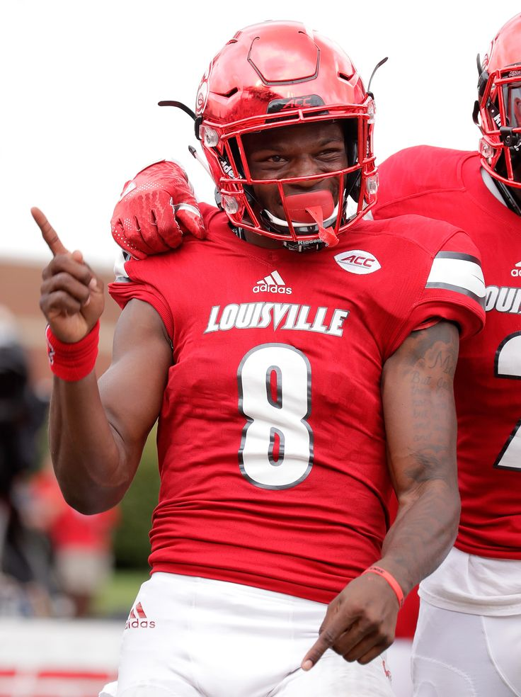LOUISVILLE, KY - SEPTEMBER 17: Lamar Jackson #8 of the Louisville Cardinals celebrates with Jamari Staples #2 after he ran for a touchdown against the Florida State Seminoles at Papa John's Cardinal Stadium on September 17, 2016 in Louisville, Kentucky. (2568×3436)