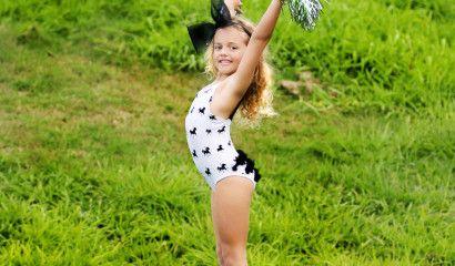 Lulu_Stars_cirque_swimsuit_black_white
