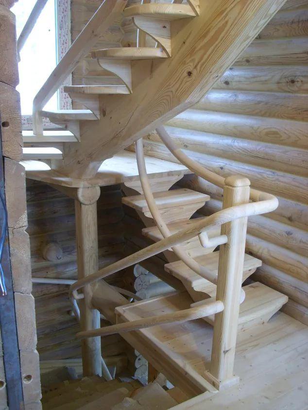 Как выбрать деревянную лестницу в дом