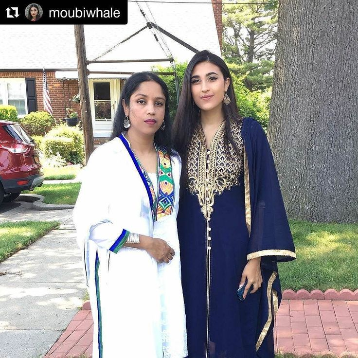 Moubina looks absolutely beautiful in our kaftan!  Flaunting your purchases from Mirraw? Just tag us and make sure we can see your post!  #ContestAlert results will be announced soon!  #Repost @moubiwhale with @repostapp  Probably the first eid in a while that my aunt and I haven't matched our outfits @mirraw