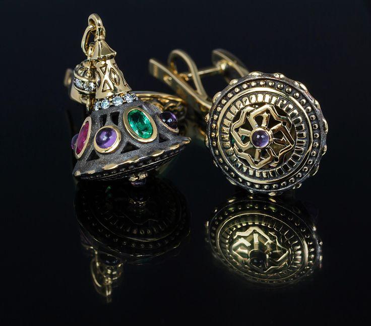 "Серьги ""Ярославна"" Материал: желтое золото, рубины, изумруды, аметисты, бриллианты ... #серьги #золото #рубин #изумруд #аметист #бриллиант #украшение #jewelrygram #jewelryaddict #jewels #jewelry #jewellery #jewels #jewelery #jewelrygram #instajewelry #gems #gemstone #gemstones #gem #bling #ювелирные #драгоценности #украшения #украшение #ювелир #ювелирныеукрашения #ювелирныеизделия #красиво #стиль"