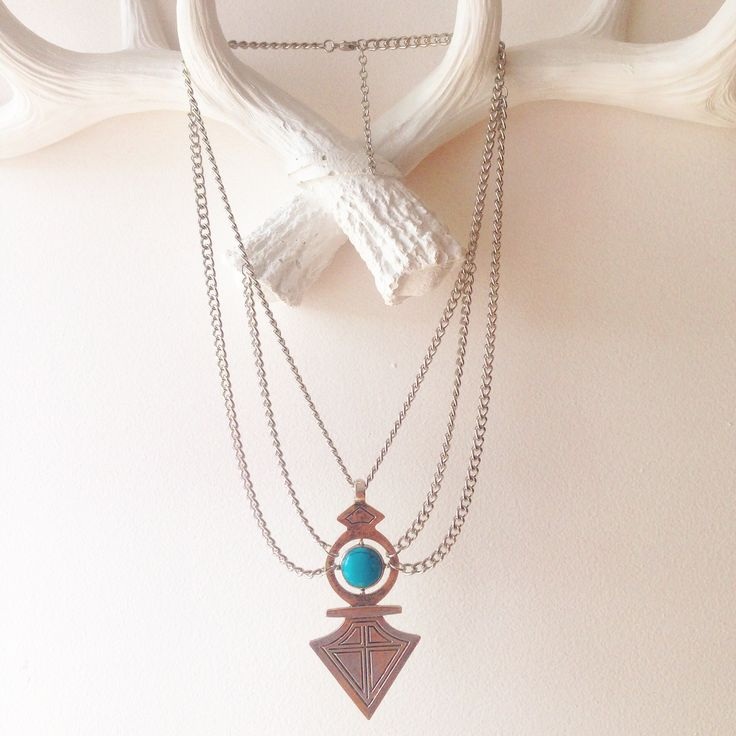 """""""Go your own way arrow"""" necklace"""