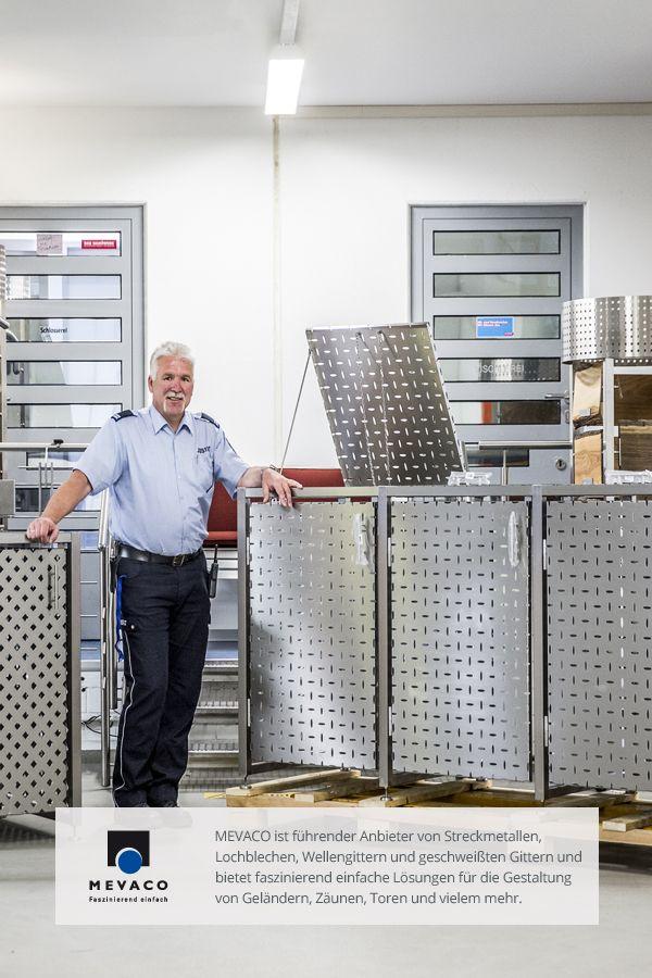 Die JVA Remscheid stellt Edelstahl-Müllboxen her, die sich zu einem wahren Verkaufsschlager gemausert haben. Zum Einsatz kommt dabei das Lochblech Creativ Line Ellipse aus Edelstahl von MEVACO. Der Schlosserei-Chef Detlef Böttcher ist sichtlich stolz auf die hohe Nachfrage. Mehr unter http://www.mevaco.de/fascination-47 #MEVACO #Lochblech #Edelstahl #Creativ-Line-Ellipse #FaszinationNo47