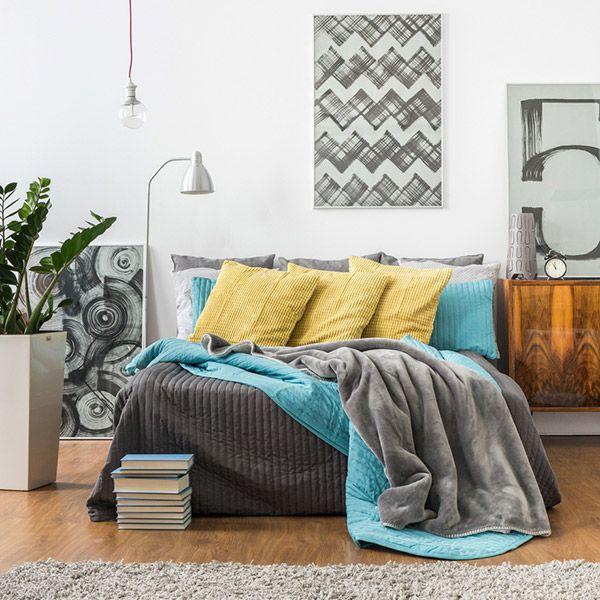 Decoração com mantas e almofadas - sobre a cama