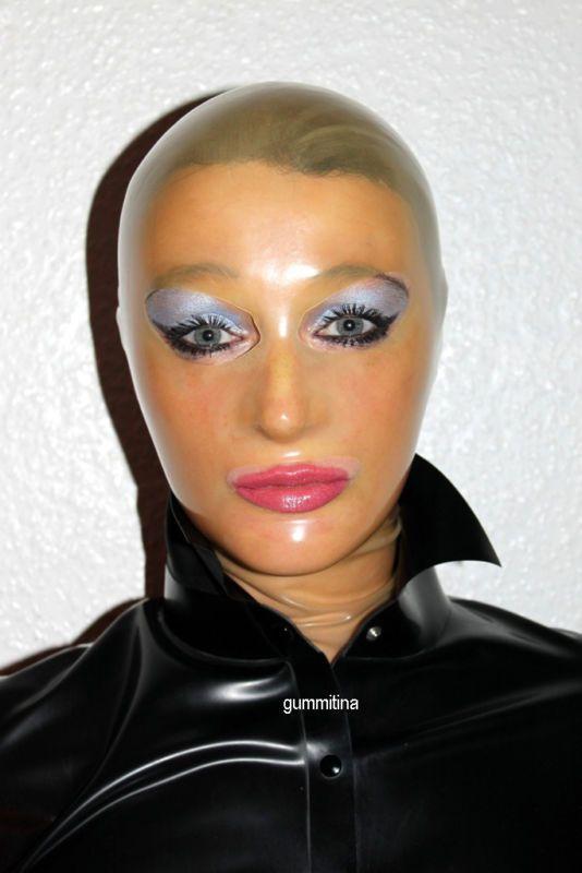 Latexmaske  Gummimaske Latex  Gummi Maske transparent  / mask hood / translucent