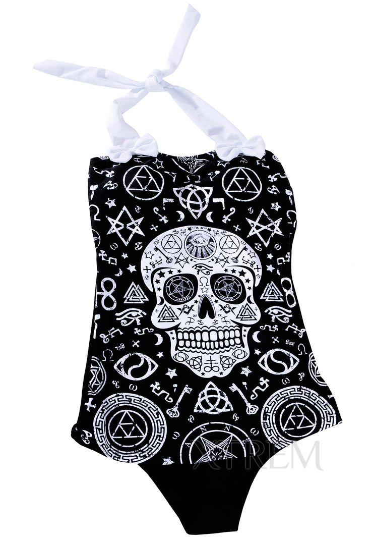Bañador Gótico Skull Pentagram #calaveras #bañadores #gotico #gothic #swimwear #alternative #fashion #banned #nugoth #xtremonline