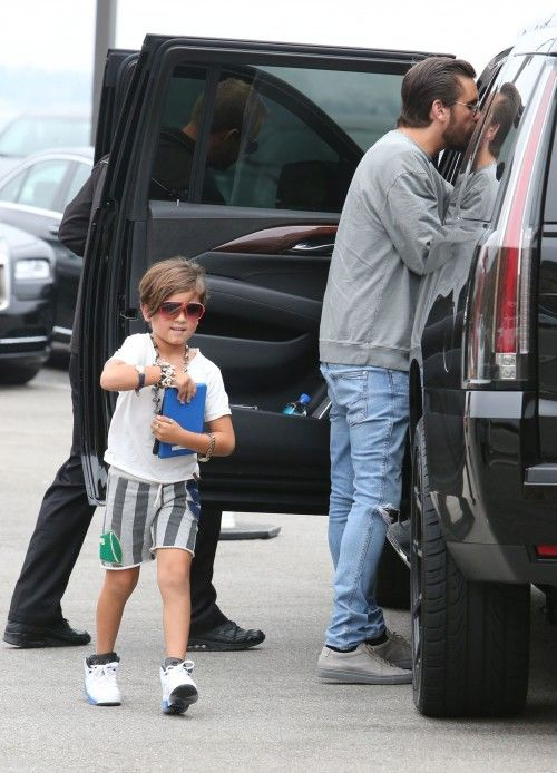 Kourtney Kardashian and ex Scott Disick take their kids Mason, Penelope and Riegn toy shopping and out to lunch on June 5, 2016