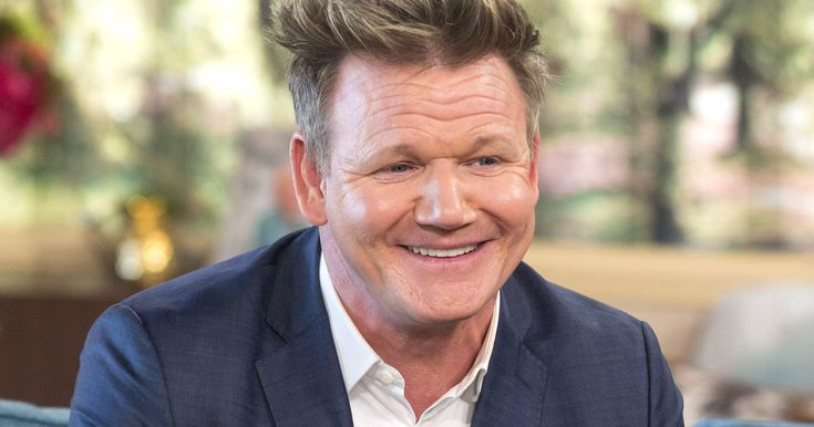 Did Gordon Ramsay Just Start His Most Savage Twitter Feud Ever? http://www.refinery29.com/2017/05/153240/gordon-ramsay-miss-piggy-twitter-fued?utm_campaign=crowdfire&utm_content=crowdfire&utm_medium=social&utm_source=pinterest