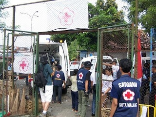 Indonesia Red Cross - Field Hospital on Emergency Response Operation- Jogjakarta Earthquacke 2006-First Night Memory