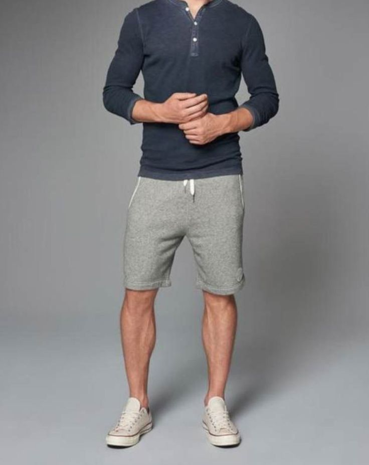 Elevated athletic casual. This is the exact look we're going for. Comfortable, athletic, simple and a little urban/outdoorsy flare