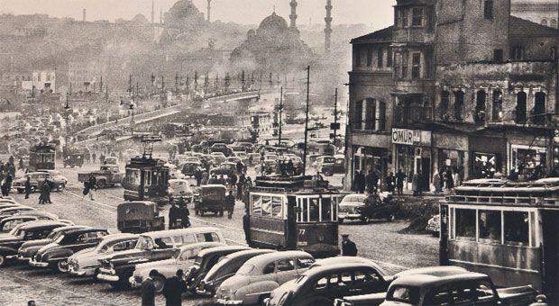 Karaköy, İstanbul, 1959 by Ara Güler